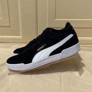 Puma Shoes - Mens suede sneaker Caracal SD